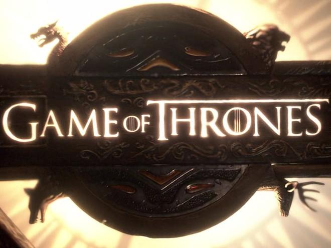 10 năm nhìn lại: Tập đầu tiên của Game of Thrones từng bị chủ tịch HBO chê đến mức phải làm lại, thay đổi hoàn toàn kịch bản lẫn diễn viên - Ảnh 6.