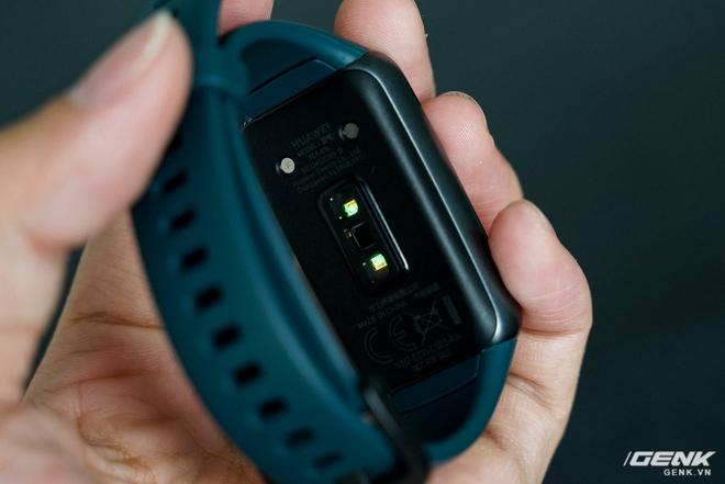 Trên tay Huawei Band 6: Smartband giá 1,5 triệu nhưng được cái màn hình lớn, nhiều tính năng xịn - Ảnh 8.