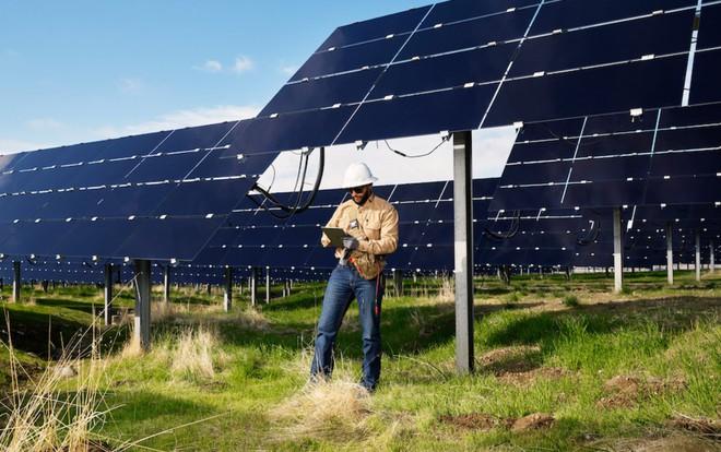 Apple tự hào khoe có 110 đối tác đang sử dụng 100% năng lượng tái tạo, đặt mục tiêu tham vọng hơn vào năm 2030 - Ảnh 2.