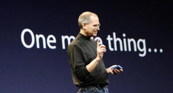 """Apple đánh mất câu nói kinh điển """"One more thing"""" của CEO Steve Job vào tay thương hiệu đồng hồ Swatch - Ảnh 1."""
