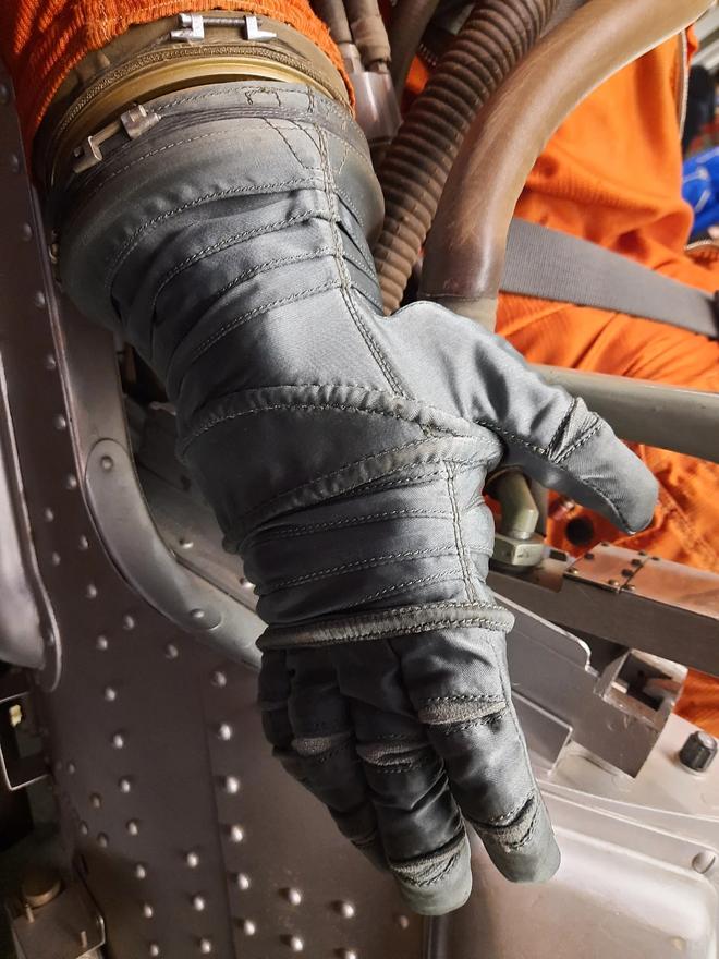Chuyện chưa kể về bộ đồ du hành vũ trụ đầu tiên của nhân loại - Ảnh 7.