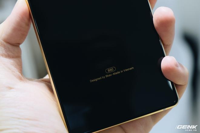 Cận cảnh Bphone B60: Smartphone bị BKAV khai tử tại Việt Nam để xuất sang châu Âu phục vụ các yếu nhân - Ảnh 5.