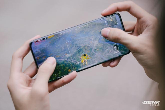 Đánh giá hiệu năng gaming trên Xiaomi Mi 11 Ultra: Ổn định hơn, nhưng Snapdragon 888 vẫn còn quá nóng - Ảnh 1.