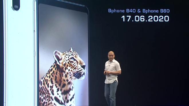 Cận cảnh Bphone B60: Smartphone bị BKAV khai tử tại Việt Nam để xuất sang châu Âu phục vụ các yếu nhân - Ảnh 1.