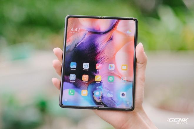 Trên tay Xiaomi Mi MIX Fold tại VN: Smartphone màn hình gập đầu tiên của Xiaomi có gì hấp dẫn? - Ảnh 10.