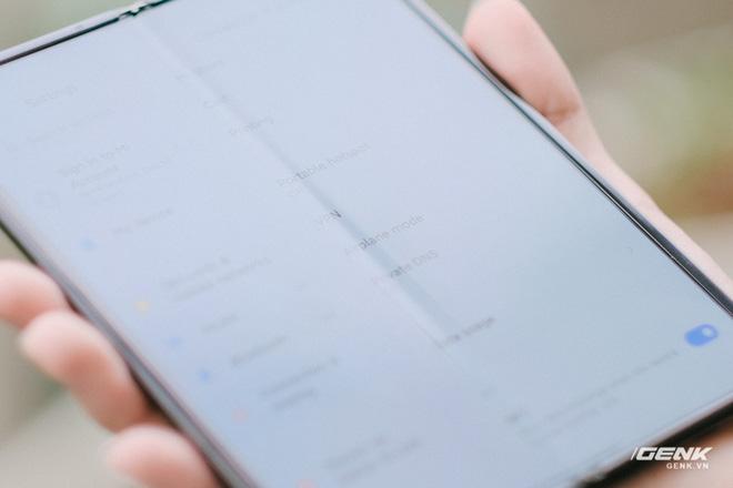Trên tay Xiaomi Mi MIX Fold tại VN: Smartphone màn hình gập đầu tiên của Xiaomi có gì hấp dẫn? - Ảnh 12.