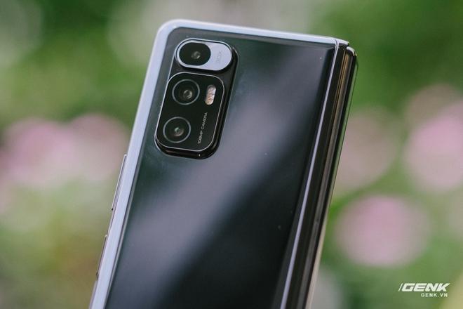 Trên tay Xiaomi Mi MIX Fold tại VN: Smartphone màn hình gập đầu tiên của Xiaomi có gì hấp dẫn? - Ảnh 6.