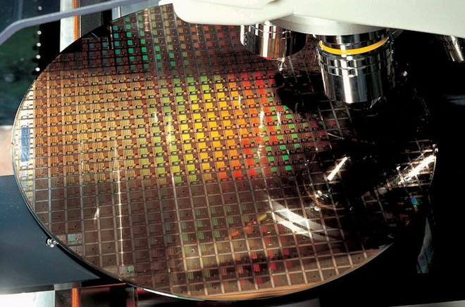 TSMC tiếp tục đe dọa Intel bằng lộ trình phát triển chip xử lý thế hệ mới: Tiến trình 3nm và 4nm sẵn sàng vào năm 2022, 2nm đang được nghiên cứu - Ảnh 1.