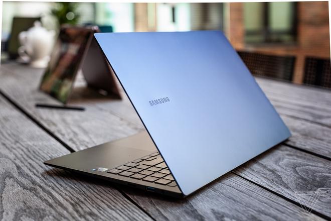 Galaxy Book Pro ra mắt: Laptop có màn hình AMOLED siêu nhẹ, có bản LTE/5G, giá từ 999 USD - Ảnh 4.