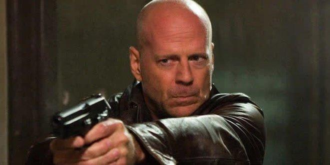 Khảo sát cho thấy Vin Diesel chính là sao Hollywood phá hoại nhiều ô tô nhất trên màn bạc - Ảnh 2.