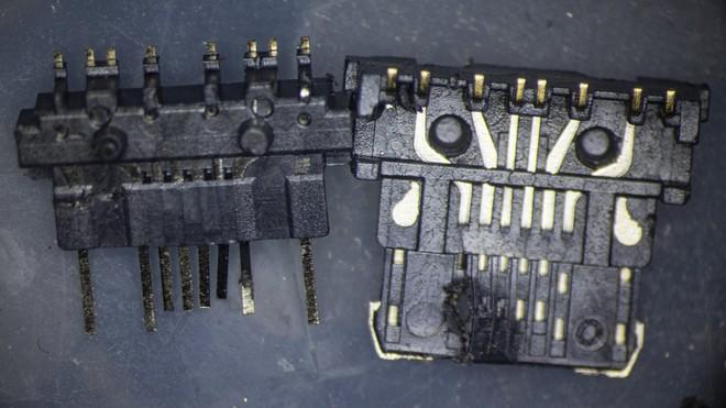 So sánh đầu nối USB-C loại 1 nghìn đồng và 5 nghìn đồng dưới kính hiển vi: đắt hơn gấp 5 nhưng chất lượng có hơn tương xứng? - Ảnh 15.