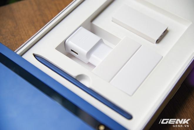 Disponible en la versión Galaxy Tab S7 Navy: diseño lujoso, hermoso color, configuración terrible, precio constante - Foto 15.