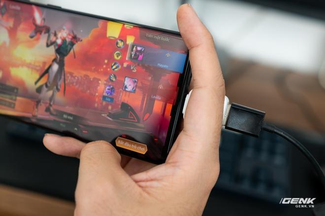 Chơi game bằng Wifi trên smartphone hay bị giật lag? Thử ngay nối dây mạng như các tuyển thủ chuyên nghiệp - Ảnh 8.