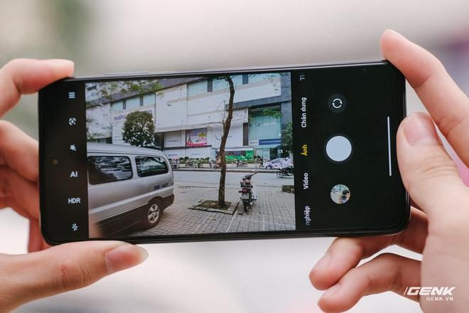 Trên tay và đánh giá nhanh POCO X3 Pro: Giá chỉ hơn 5 triệu nhưng có chip Snapdragon đầu 8, màn hình 120Hz, pin khủng 5160mAh - Ảnh 9.