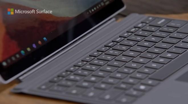 """Quảng cáo Surface Pro 7 mới nhất của Microsoft tiếp tục lôi iPad Pro ra làm """"trò đùa"""" - Ảnh 4."""