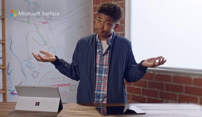 """Quảng cáo Surface Pro 7 mới nhất của Microsoft tiếp tục lôi iPad Pro ra làm """"trò đùa"""" - Ảnh 3."""