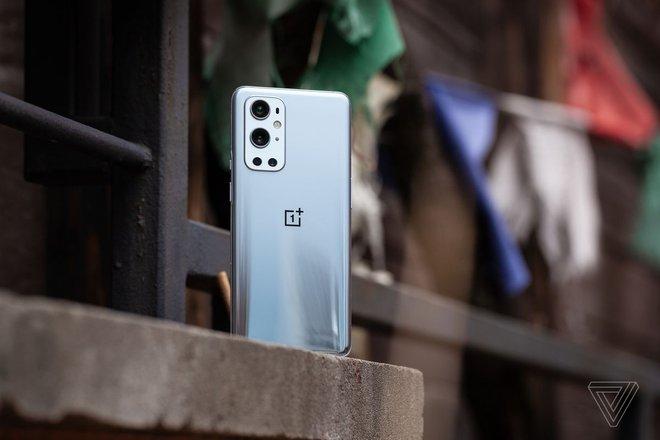 OnePlus 9 Pro bị lỗi quá nhiệt khi chụp ảnh và quay video - Ảnh 1.