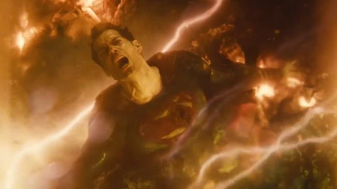 Dù là siêu anh hùng cứu thế giới, Superman vẫn chỉ là chàng phóng viên nghèo 002
