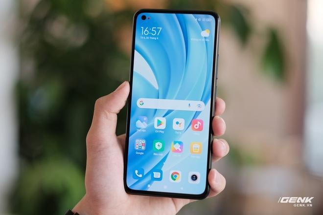 Trên tay Xiaomi Mi 11 Lite: Thiết kế cực mỏng nhẹ, có màn hình AMOLED 90Hz, Snapdragon 732G/780G, giá chỉ từ 6.9 triệu đồng - Ảnh 9.