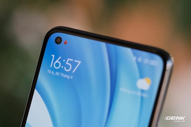 Trên tay Xiaomi Mi 11 Lite: Thiết kế cực mỏng nhẹ, có màn hình AMOLED 90Hz, Snapdragon 732G/780G, giá chỉ từ 6.9 triệu đồng - Ảnh 10.
