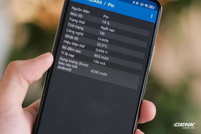 Trên tay Xiaomi Mi 11 Lite: Thiết kế cực mỏng nhẹ, có màn hình AMOLED 90Hz, Snapdragon 732G/780G, giá chỉ từ 6.9 triệu đồng - Ảnh 18.