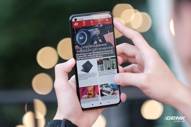 Trên tay Xiaomi Mi 11 Lite: Thiết kế cực mỏng nhẹ, có màn hình AMOLED 90Hz, Snapdragon 732G/780G, giá chỉ từ 6.9 triệu đồng - Ảnh 11.