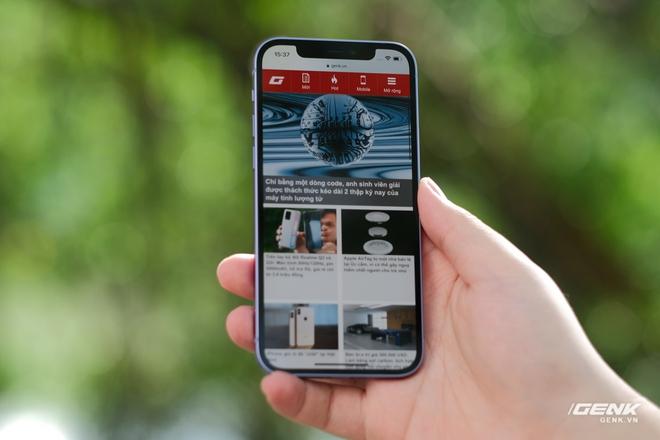 Trên tay iPhone 12 màu tím mộng mơ mới, giá chính hãng 22 triệu đồng - Ảnh 5.