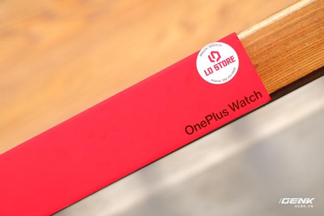 Trên tay và trải nghiệm nhanh OnePlus Watch: Thiết kế phổ thông, không dành cho người dùng nữ, có đo SpO2, pin 2 tuần, giá 4.2 triệu - Ảnh 1.
