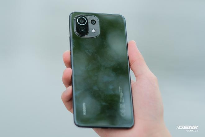 Xiaomi Mi 11 Lite: Giá chênh nhau hơn 2 triệu đồng, chọn bản 4G hay 5G mới là quyết định đúng đắn? - Ảnh 3.