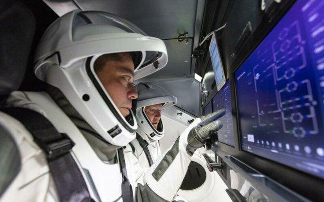 Phần mềm đảm nhiệm vận hành tên lửa SpaceX có gì đặc biệt? - Ảnh 1.