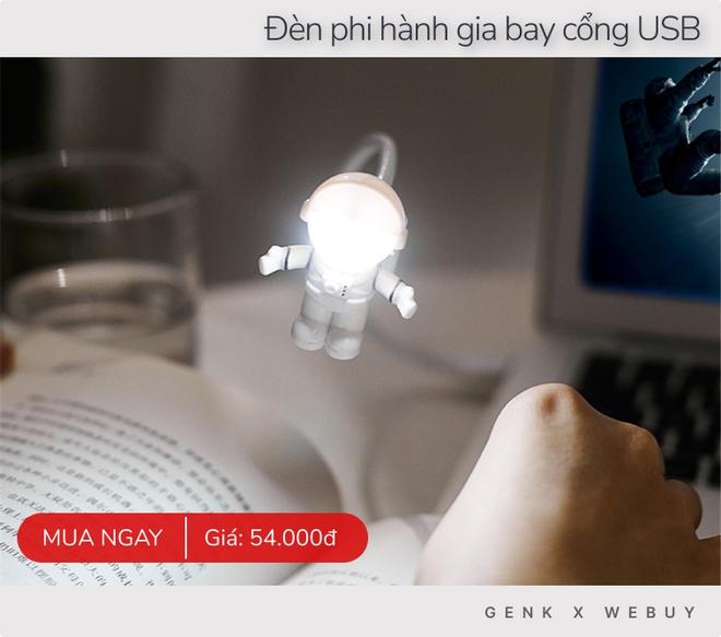 """Tốn công set up """"góc lao động"""" cho đã thì phải có thêm mấy kiểu đèn trang trí ảo diệu tiện nghi này - Ảnh 1."""