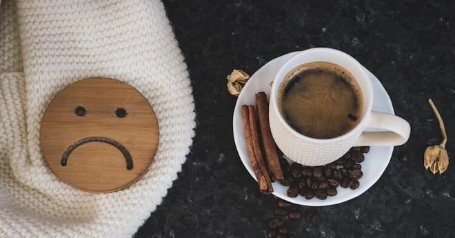 Tại sao trà và cà phê có thể giúp bạn đánh bay cơn buồn ngủ? - Ảnh 4.
