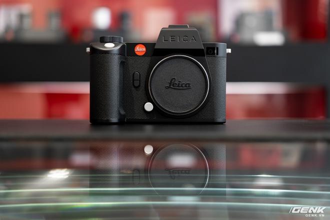 Đập hộp Leica SL2-S Kit: Cảm biến Full-frame 24.6MP, quay phim 4K 10-bit, giá tiết kiệm được 27 triệu so với mua rời - Ảnh 3.