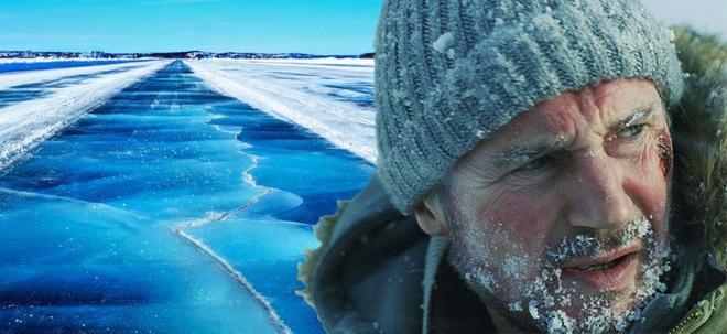Nín thở trước màn chạy đua với mặt băng tan trong trailer bom tấn hành động The Ice Road của Netflix - Ảnh 2.