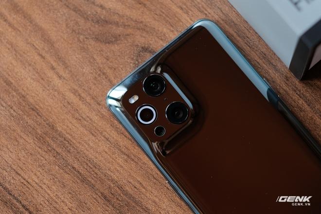 Khui hộp OPPO Find X3 Pro chính hãng: Smartphone có camera kính hiển vi đầu tiên trên thế giới, giá 27 triệu tặng kèm quà 6 triệu - Ảnh 8.