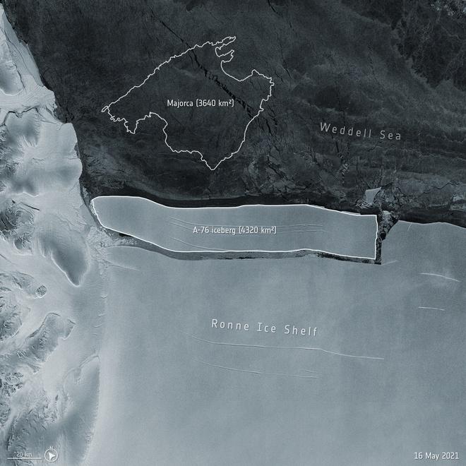 Tảng băng lớn nhất thế giới vừa tách khỏi Nam Cực, có diện tích bề mặt rộng hơn cả thủ đô Hà Nội - Ảnh 1.