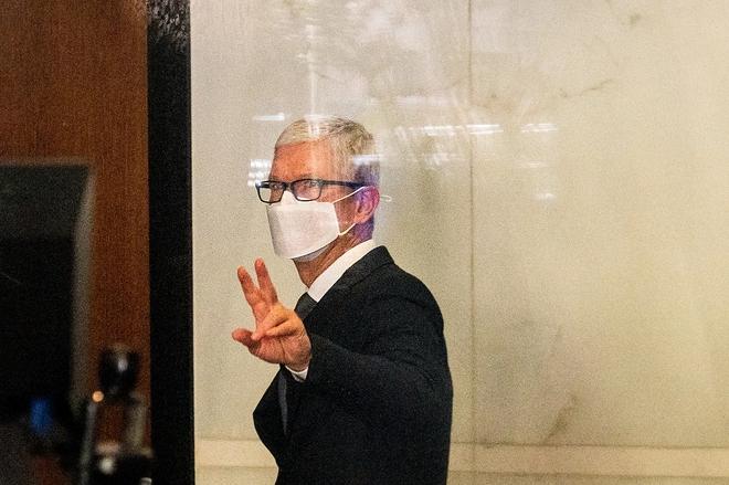 Tim Cook đóng vai ngây ngô trong phiên làm chứng quan trọng của vụ kiện Epic - Apple - Ảnh 1.