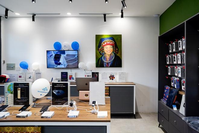 """Chuỗi cửa hàng Apple mang phong cách thổ cẩm đầu tiên tại Việt Nam: """"Đừng sao chép Apple, hãy sáng tạo"""" - Ảnh 1."""