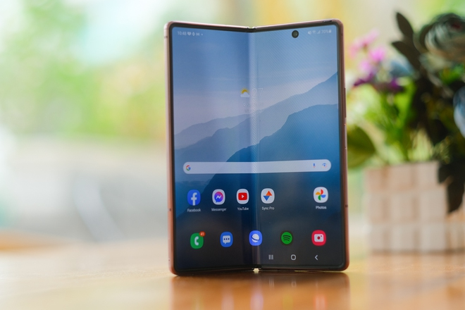 Siêu smartphone như Galaxy Z Fold2 có sức hút như thế nào? - Ảnh 3.