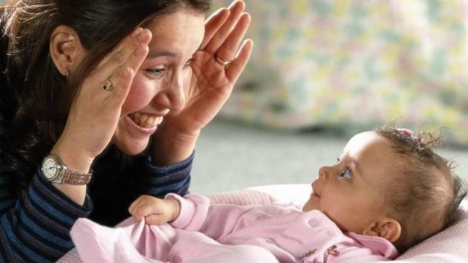Não bộ sẽ tạo ra hiệu ứng slow motion khi bạn chạm phải ánh mắt một người khác - Ảnh 2.