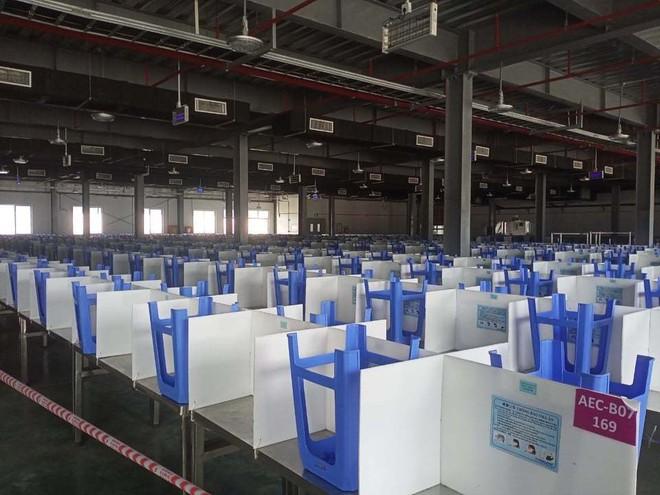 """Nhiều công ty sản xuất linh kiện cho các """"ông lớn"""" Samsung, Foxconn đã hoạt động trở lại - Ảnh 1."""