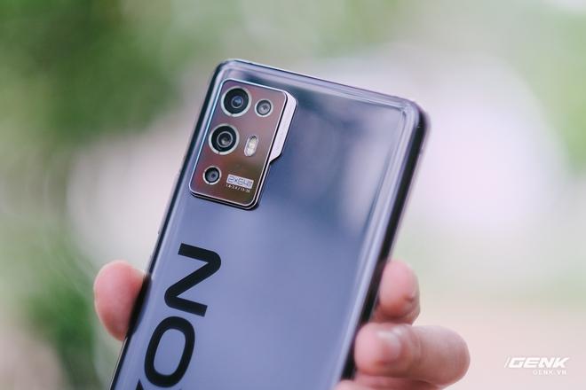 Trên tay ZTE Axon 30 Pro: Màn hình AMOLED 120Hz, Snapdragon 888, hai camera 64MP, giá 10.8 triệu đồng - Ảnh 7.