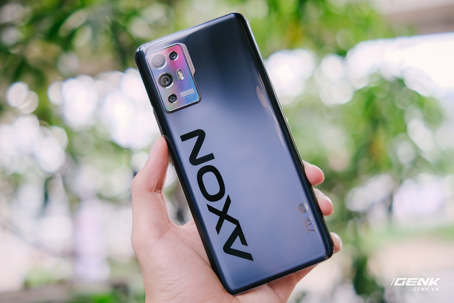 Trên tay ZTE Axon 30 Pro: Màn hình AMOLED 120Hz, Snapdragon 888, hai camera 64MP, giá 10.8 triệu đồng - Ảnh 3.