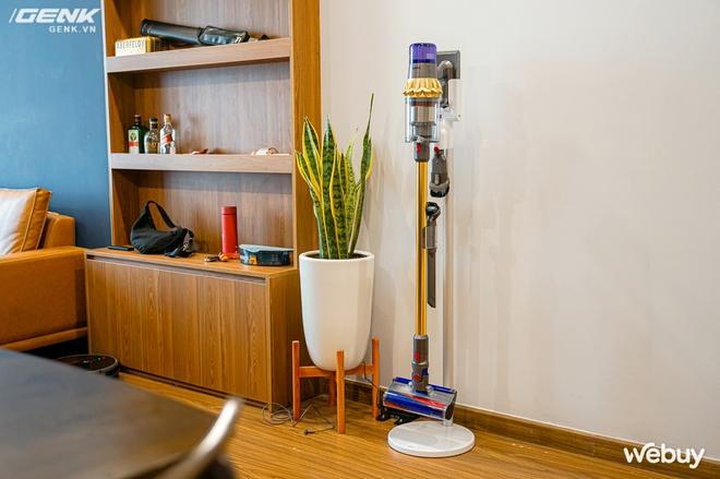 Trải nghiệm máy hút bụi Dyson giá 21 triệu: Nhiều phụ kiện, lắp ghép như LEGO, hút khỏe, chỉ hợp với nhà sang chảnh - Ảnh 2.