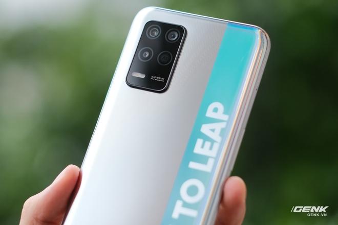 Trên tay bộ đôi Realme Q3 và Q3i: Màn hình 90Hz/120Hz, pin 5000mAh, hỗ trợ 5G, giá rẻ chỉ từ 3.6 triệu đồng - Ảnh 9.