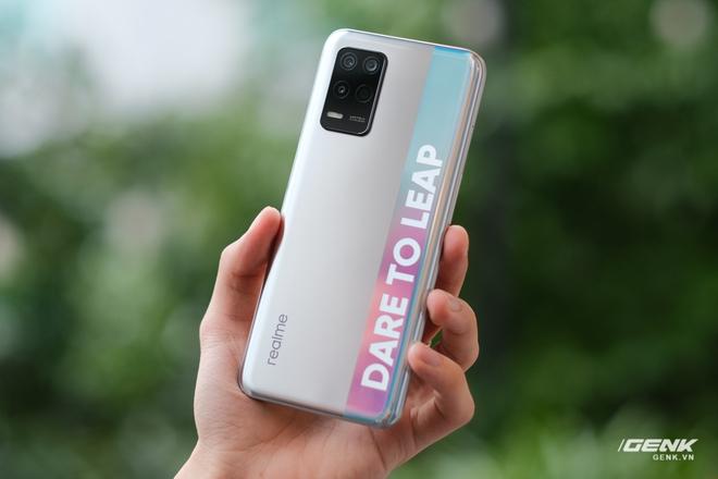 Trên tay bộ đôi Realme Q3 và Q3i: Màn hình 90Hz/120Hz, pin 5000mAh, hỗ trợ 5G, giá rẻ chỉ từ 3.6 triệu đồng - Ảnh 7.