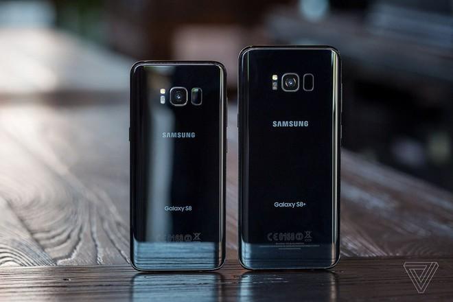 """Một trong những chiếc smartphone tốt nhất của Samsung chính thức """"về hưu"""" - Ảnh 1."""