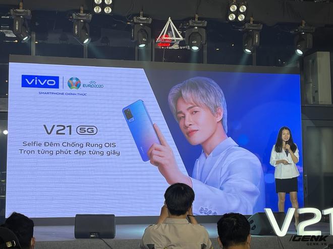Cận cảnh Vivo V21 5G vừa ra mắt tại Việt Nam: Camera selfie 44MP chống rung OIS, có hai đèn flash trước để selfie đẹp hơn, mỏng chỉ 7,29mm, giá 9,99 triệu đồng - Ảnh 3.