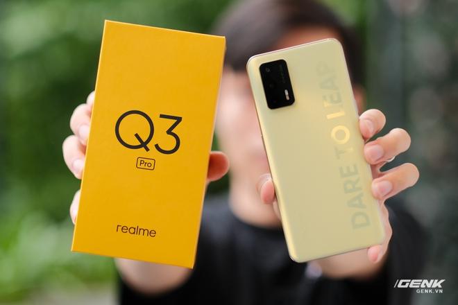 Trên tay Realme Q3 Pro: Màn hình AMOLED 120Hz, chip Dimensity 1100, camera 64MP, giá 6.2 triệu đồng - Ảnh 1.