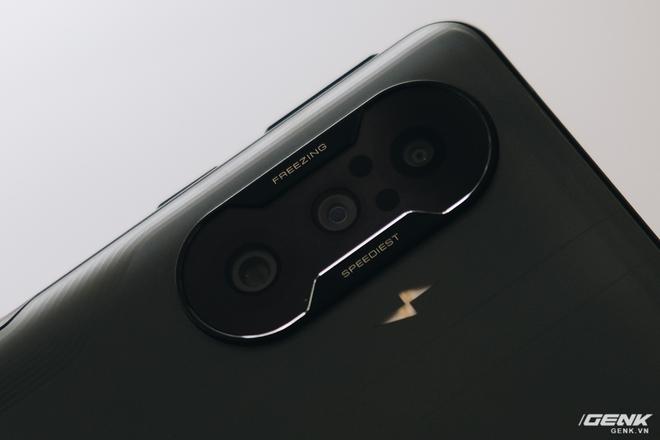Trên tay Redmi K40 Gaming: Smartphone gaming cấu hình mạnh, giá rẻ nhưng thiếu vắng dịch vụ Google - Ảnh 6.